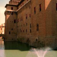 Castello Estense con fontana - vincenzi - Ferrara (FE)