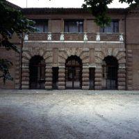 Edificio isolato detto la Palazzina del Montagnone già Estense in via Rampari di S. Tommaso, 5