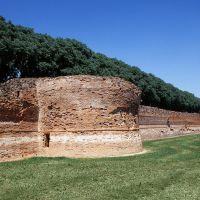 le Mura. Baluardo semicircolare - Baraldi - Ferrara (FE)
