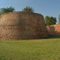 Le mura con bastione - Massimo Baraldi - Ferrara (FE)