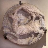 Aquila che artiglia un cerbiatto, xvi secolo - Sailko - Ferrara (FE)