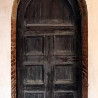 Casa romei, salone d'onore, porta verso il loggiato del cortile - Sailko - Ferrara (FE)