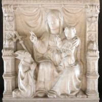 Madonna col bambino e vescovo genuflesso, 1390 ca., da s. domenico a ferrara - Sailko - Ferrara (FE)