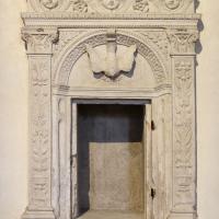 Alfonso lombardi (bottega), tabernacolo dalla certosa di ferrara, 1500-30 ca - Sailko - Ferrara (FE)