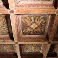 Casa romei, studiolo, soffitto con casettoni lignei decorati da xilografie su carta incollate, attr. a francesco del cossa 01 - Sailko - Ferrara (FE)