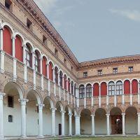 Palazzo costabili, Museo Archeologico, cortile interno - Massimo Baraldi - Ferrara (FE)