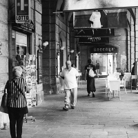 Sotto i portici del teatro - PAOLO BENETTI - Ferrara (FE)