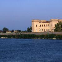 Castello Estense visto dal fiume - samaritani - Mesola (FE)