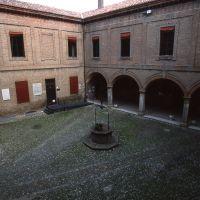 Castello Lambertini. cortile interno - Meneghetti - Poggio Renatico (FE)