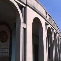 Centro urbano con particolare del porticato - Meneghetti - Tresigallo (FE)