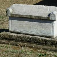 Il sarcofago della necropoli - PAOLO BENETTI - Voghiera (FE)