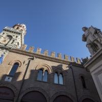 Statua del Guercino e Palazzo del Governatore - Antonella Balboni - Cento (FE)