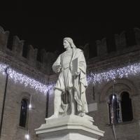 La statua del Guercino in occasione delle festività NatalizieMG 6445 - Antonella Balboni - Cento (FE)