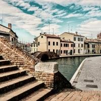 -- Centro storico con i suoi ponti - Comacchio -- - Vanni Lazzari - Comacchio (FE)