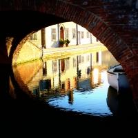 Sbirciando sotto un ponte di Comacchio - MARZIABEN - Comacchio (FE)