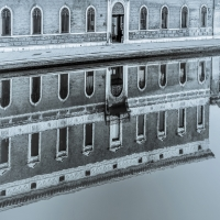 Palazzo Bellini - Riflessi sul canale - Vanni Lazzari - Comacchio (FE)