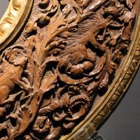 Intagliatore attivo a ferrara, cornice per specchio, 1505-10 ca. (v&a) 07 istrice - Sailko - Ferrara (FE)