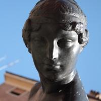 Fontana della Ninfa (testa) - Luce&nebbia - Modena (MO)