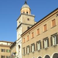Palazzo Comunale di Modena vista laterale - Matteolel - Modena (MO)
