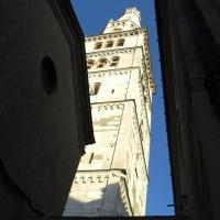 Torre Ghirlandina di Modena dal basso 5 - Matteolel - Modena (MO)