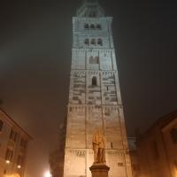 Ghirlandina e Statua del Tassoni - Giandobert - Modena (MO)