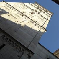 Torre Ghirlandina di Modena dal basso 4 - Matteolel - Modena (MO)