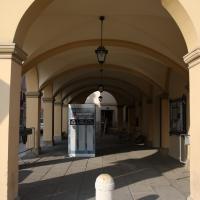 Palazzo comunale - dettaglio portico - Saxi82 - Novi di Modena (MO)