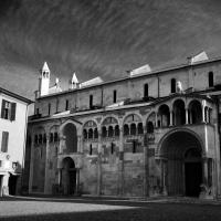 Fianco Destro del duomo di Modena - Chiara Salazar Chiesa - Modena (MO)