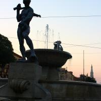Fontana dei due fiumi al crepuscolo - BeaDominianni - Modena (MO)