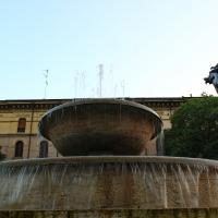 Vista dal basso Fontana dei due fiumi Modena - BeaDominianni - Modena (MO)
