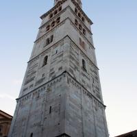 Veduta angolare della Torre Ghirlandina di Modena - BeaDominianni - Modena (MO)