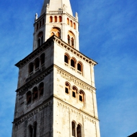 Ghirlandina, torre di Modena - Chiara Salazar Chiesa - Modena (MO)