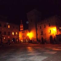 Veduta notturna della Torre delle Prigioni - Baroxse - Castelvetro di Modena (MO)