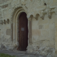 Facciata romanica con ingresso - Manuel.frassinetti - Castelvetro di Modena (MO)