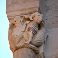 Duomo di Modena capitello facciata 1 - Mongolo1984 - Modena (MO)