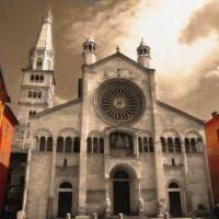 Duomo facciata con rosone - Marcoc54 - Modena (MO)