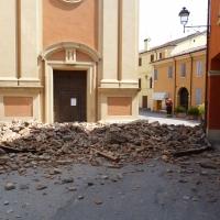 Calcinacci terremoto 20-05-2012, Oratorio di Santa Croce - San Felice sul Panaro - Mimmo Ferrari - San Felice sul Panaro (MO)