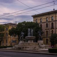 Fontana dei Due Fiumi, crepuscolo - Acnaibinidrat - Modena (MO)