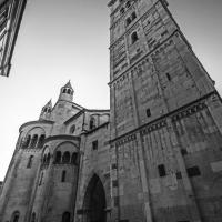 La ghirlandina - piazza del Duomo - Giovanna molinari - Modena (MO)
