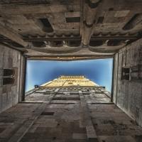 La Ghirlandina vista dagli archi che la uniscono alla Chiesa - Giovanna molinari - Modena (MO)