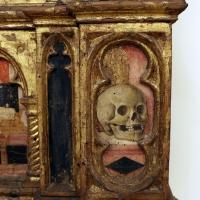Angelo e bartolomeo degli erri, polittico dell'ospedale della morte, 1462-66, predella 05 teschio - Sailko - Modena (MO)