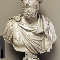 Arte romana, busto di lucio vero, 150-200 dc ca, con interventi del XVI secolo - Sailko - Modena (MO)