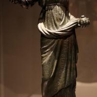 Etruria meridionale, offerente femminile al dio tlenasie (c.d. proserpina del catajo), 300-250 ac ca., con braccio destro del xvi secolo - Sailko - Modena (MO)