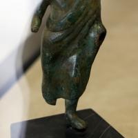 Manifattura chiusina, offerente, IV secolo ac - Sailko - Modena (MO)