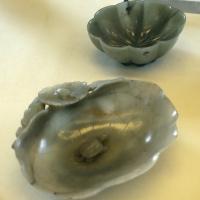Manifatura cinese, coppette lava pennelli a fior di loto e con tartarughe acquatiche, giada, xii-xiv secolo - Sailko - Modena (MO)