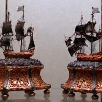 Trapani, coppia di velieri in argento e corallo, xviii secolo - Sailko - Modena (MO)