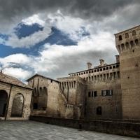Temporale in arrivo sulla Rocca di Vignola - Angelo nastri nacchio - Vignola (MO)