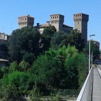 20170707 164916 la Rocca e il fiume lugio 2017 - Massimo F. Dondi - Vignola (MO)