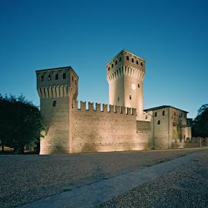 Castello di Formigine - Piazza Calcagnini foto di: Alberto Lagomaggiore - Comune di Formigine