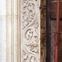 Ambito di wiligelmo, porta della pescheria, 04 mesi sugli stipiti 01 - Sailko - Modena (MO)